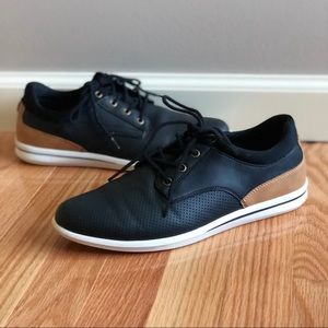 Aldo Black Perforated Lace-Up Casual Taetel Shoe
